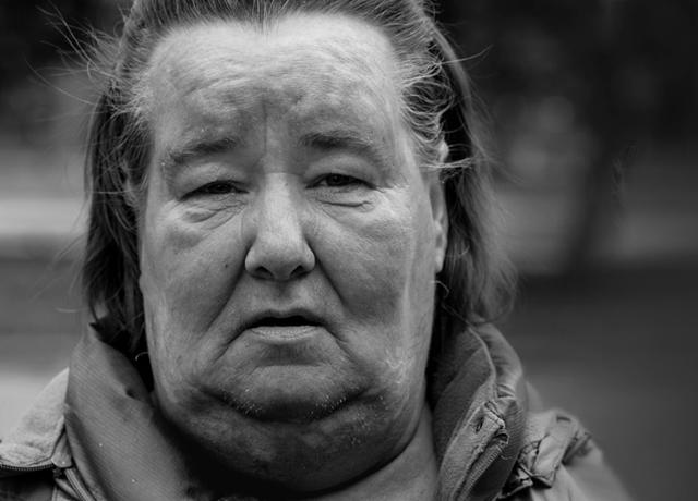 HomelessWoman_Black_26White_PhotobyTomWoodward_640x460.jpg