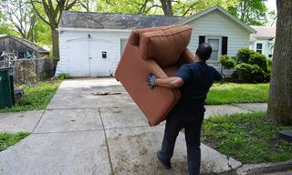 chair_20delivery.jpg