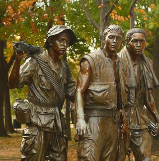 War memorial - 3 soldiers