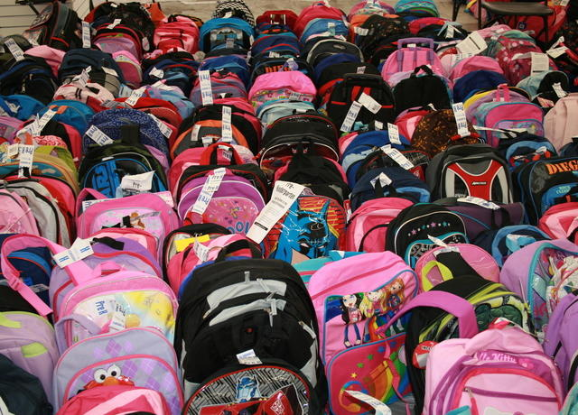 Lots_20of_20Backpacks.JPG