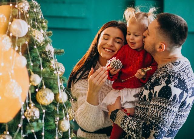 Christmas_20Family.jpg