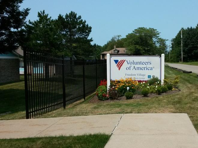 Freedom Village Apartments Youngstown Oh