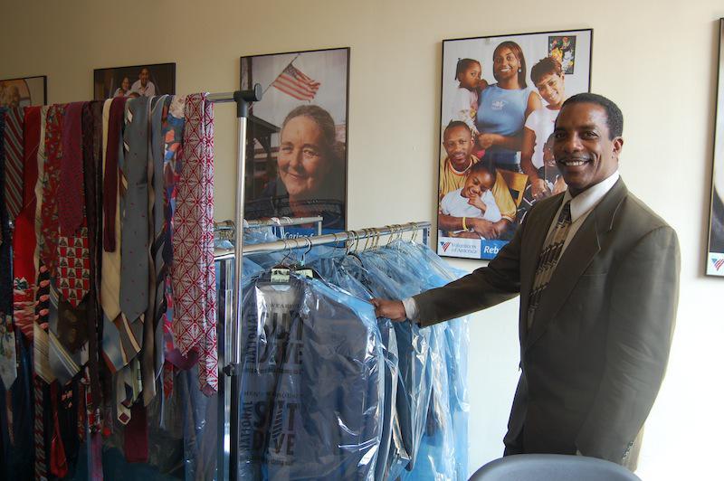 Voa Auto Auction >> Men's Warehouse helps homeless men suit up | News Releases | Volunteers of America